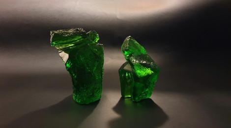 翡翠琉璃太極(小)LIULI TAICHI in Emerald Color